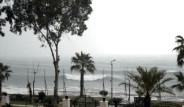 Yağmur Antalya' yı Felç Etti