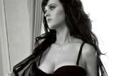 Katy Perry'den Cesur Pozlar