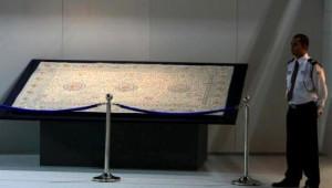 Hz.Muhammed'in Halısına 5,5 Milyon Dolar