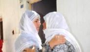 Şehit Annesi İle Ölen PKK'lının Annesi