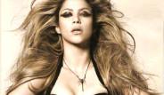 Shakira'dan Nefes Kesen Pozlar