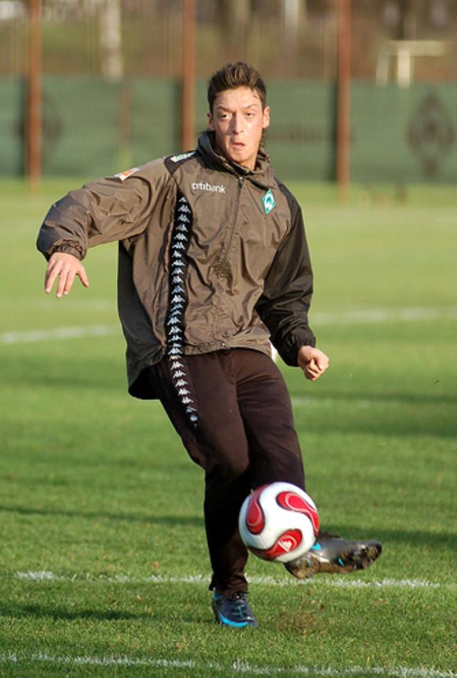 Futbolun Yeni Efendileri: Almanya Türkleri