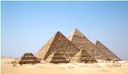 Piramitleri Yapanlar Kim?