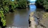 Bu Nehir Tersten Akıyor