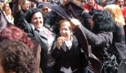 Çarşafa rozet takan CHP bu sefer yırttı