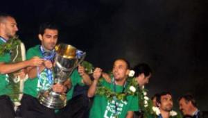 Bursaspor Kupayı Böyle Kaldırdı