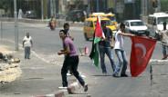 Filistin'e Türk Bayrağı Diktiler