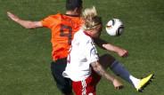 Hollanda:2 - Danimarka:0