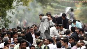 Ahmedinejad'a Suikast Grişimi