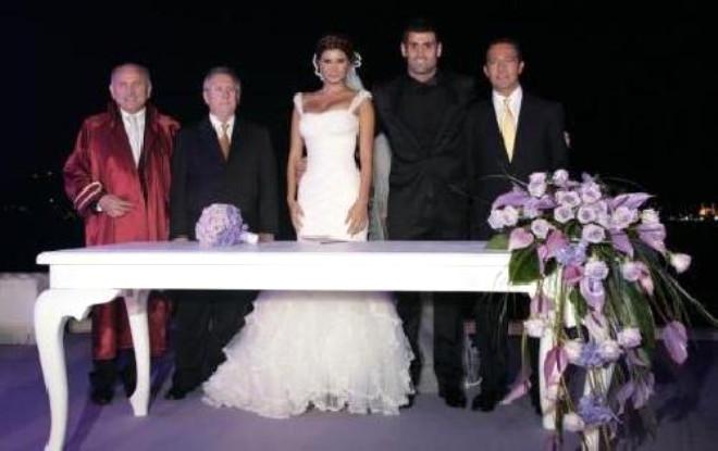 Merakla Beklenen Düğün