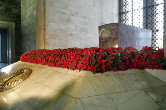 Anıtkabir Çiçek Gibi