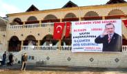 Erdoğan Hayranının Pankartına Sansür