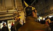 Lizbon Zirvesini Yatarak Protesto Ettiler