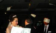 Aşiret Düğününde Moral Buldu