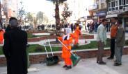 Tacize Uğrayan Kadın Temizlikçiler İşi Bıraktı
