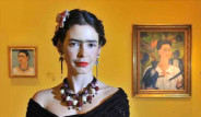 Pelin Batu Frida Kahlo Oldu