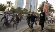 Bahreyn'de Göstericilere Ateş Açıldı