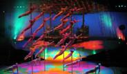 Gül Cirque Du Soleil'in Şovunu İzledi