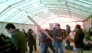 İşte Türk İşçilerin Sığındığı O Hangar
