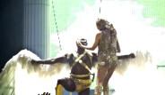 Kylie Minogue'dan Muhteşem Bir Konser