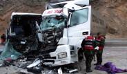 Erzincan'da Feci Kaza: 40 Yaralı