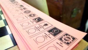 Köşe Yazarları Hangi Partiye Oy Verecek?