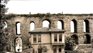 İstanbul'da Tarihi Yolculuk