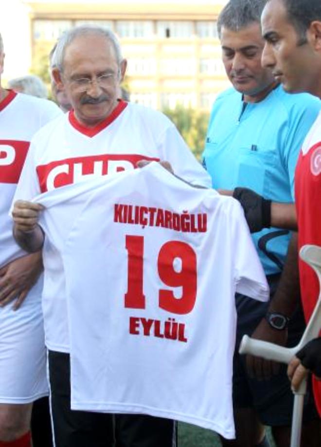Kılıçdaroğlu'nun Forma Azizliği