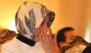 First Lady Gözyaşlarını Tutamadı