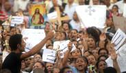 Hristiyanlar Polisle Çatıştı 