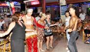 İngiliz Turistlerin Çılgın Eğlencesi