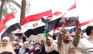 Tahrir'de İkinci Devrimin Ayak Sesleri