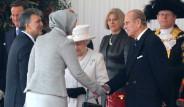Kraliçe'nin Gözü Gül'ün Ayakkabısında Kaldı