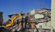 Van'daki Son Deprem Hastane Yıktı
