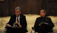 Türk Heyeti İnkar Yasası İçin Paris'te