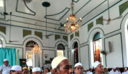 Budist Diyarın Tuğralı Müslümanları
