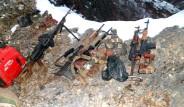 PKK Sığınağında Dev Kütüphane