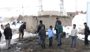 Van'da Çadır Yangını: 1 Çocuk Öldü