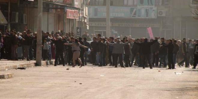Mersin'de Sokaklar Savaş Yeri
