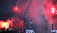 Kadıköy'de Tribünler Alev Alev Yandı