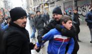 Taksim'de Olaylı 'Öcalan' Eylemi