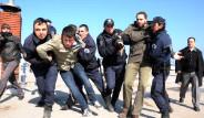 Polis-Öğrenci Güreş Müsabakası