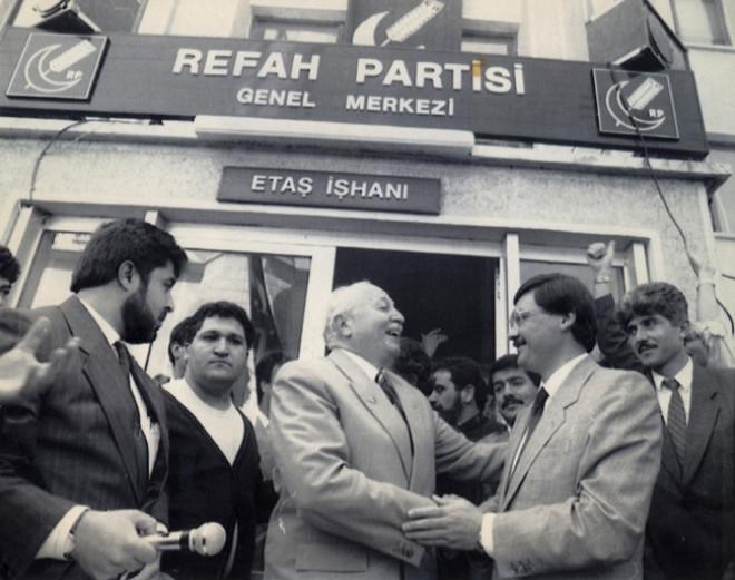 Erbakan Hoca'nın Yaşam Öyküsü