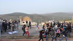 Cumhurbaşkanı Gül'e Protesto Girişimi