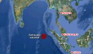 Endonezya'da 8.6 Büyüklüğünde Deprem