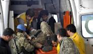 Askeri Araç Kaza Yaptı: 3 Asker, 1 Sivil Yaralandı