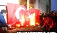 Erivan'da Türk Bayrağı Yaktılar