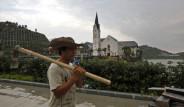 Çinliler Kasabanın Bile Kopyasını Yaptı