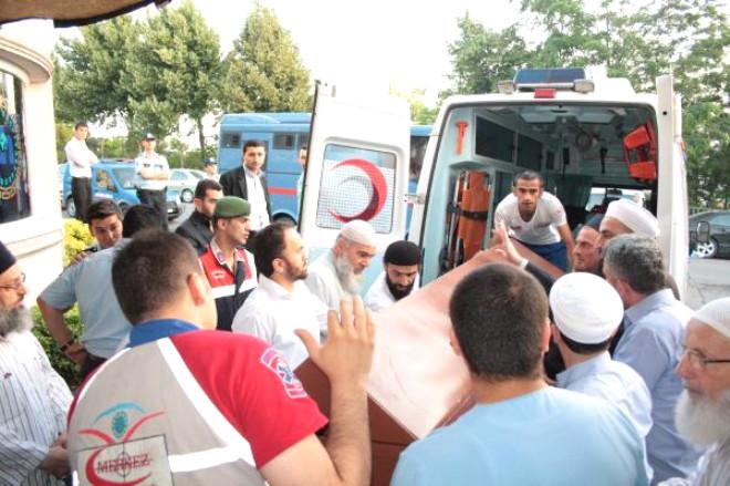 Cübbeli Ahmet Hoca Annesini Kaybetti