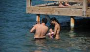 Tuba Büyüküstün Bebekleri İle Tatilde